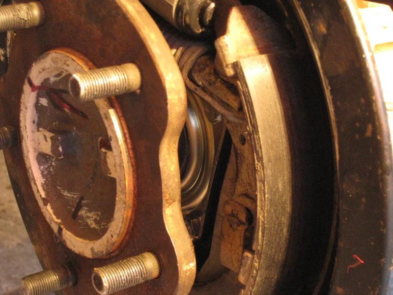 modification flasque tambours arrières pour démontage rapide des roulements 378937IMG2074
