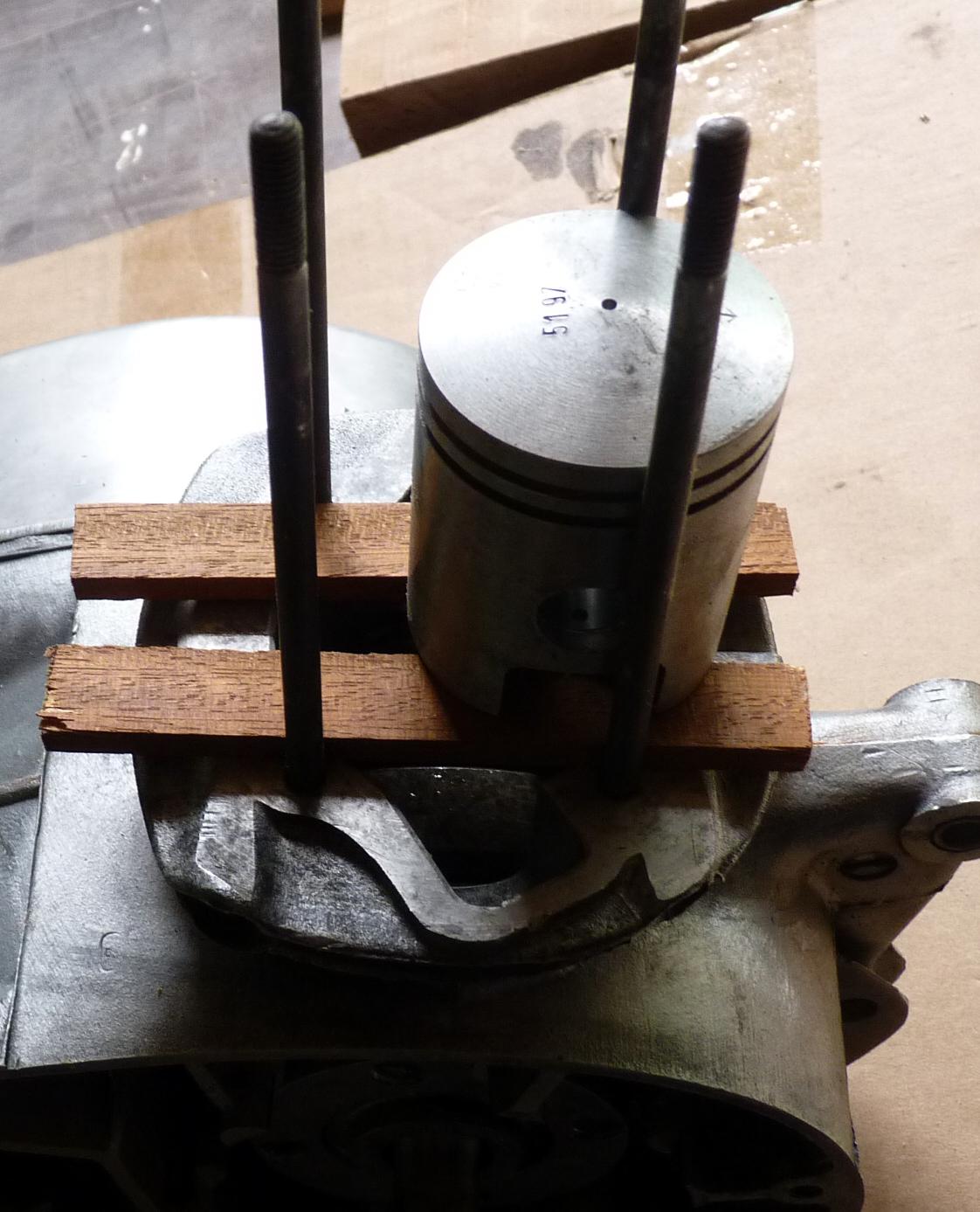 piston - Le support pour piston 379569P1030638