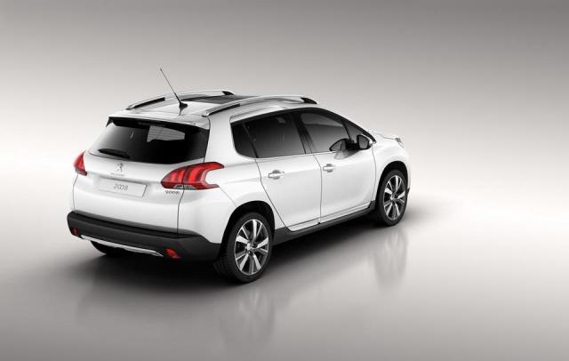 Peugeot 2008 : premières photos officielles ! 380458peugeot2008photoofficielle2