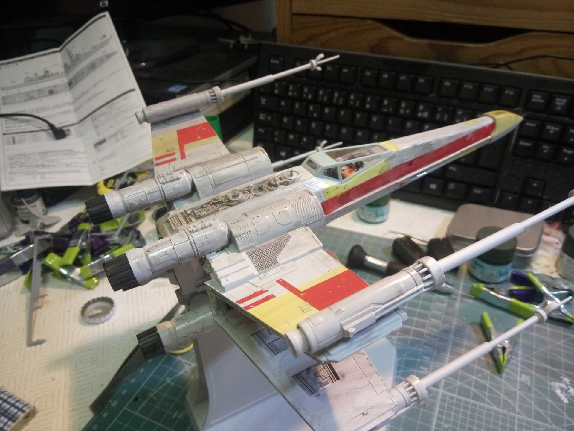 X-Wing 1/48 (Finemolds) RED 2 (montage) - Page 2 381748XWING25