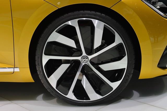 Salon de Genève 2015 : première mondiales du sport Coupé Concept GTE  38322610vwsportcoupegteconceptgeneva1