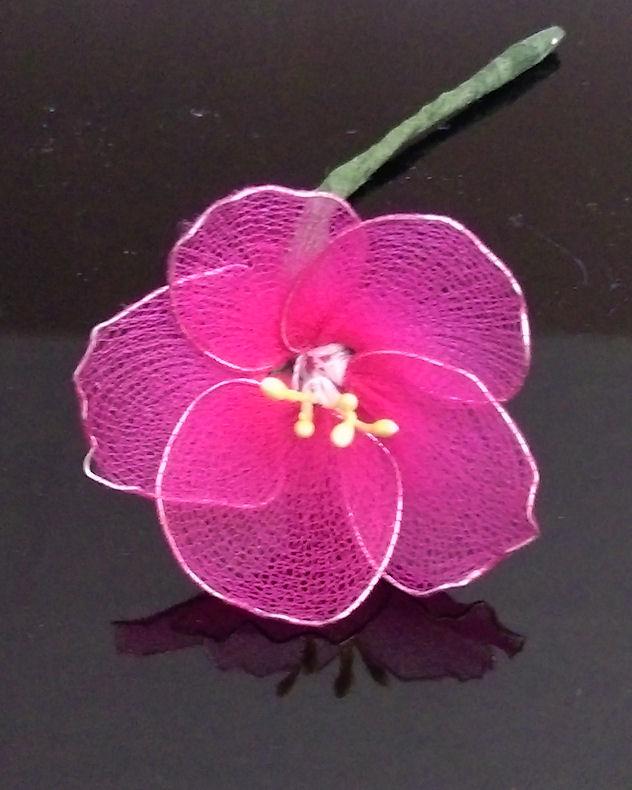 faire une fleur en tissus   avec des collants  385801diminuer