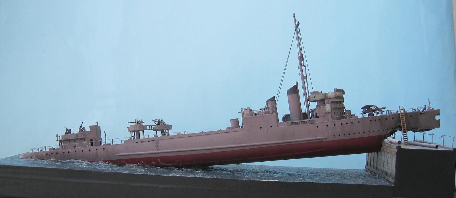 [Revell] Destroyer HMS Campbeltown - 1/240. 386150Campbel44