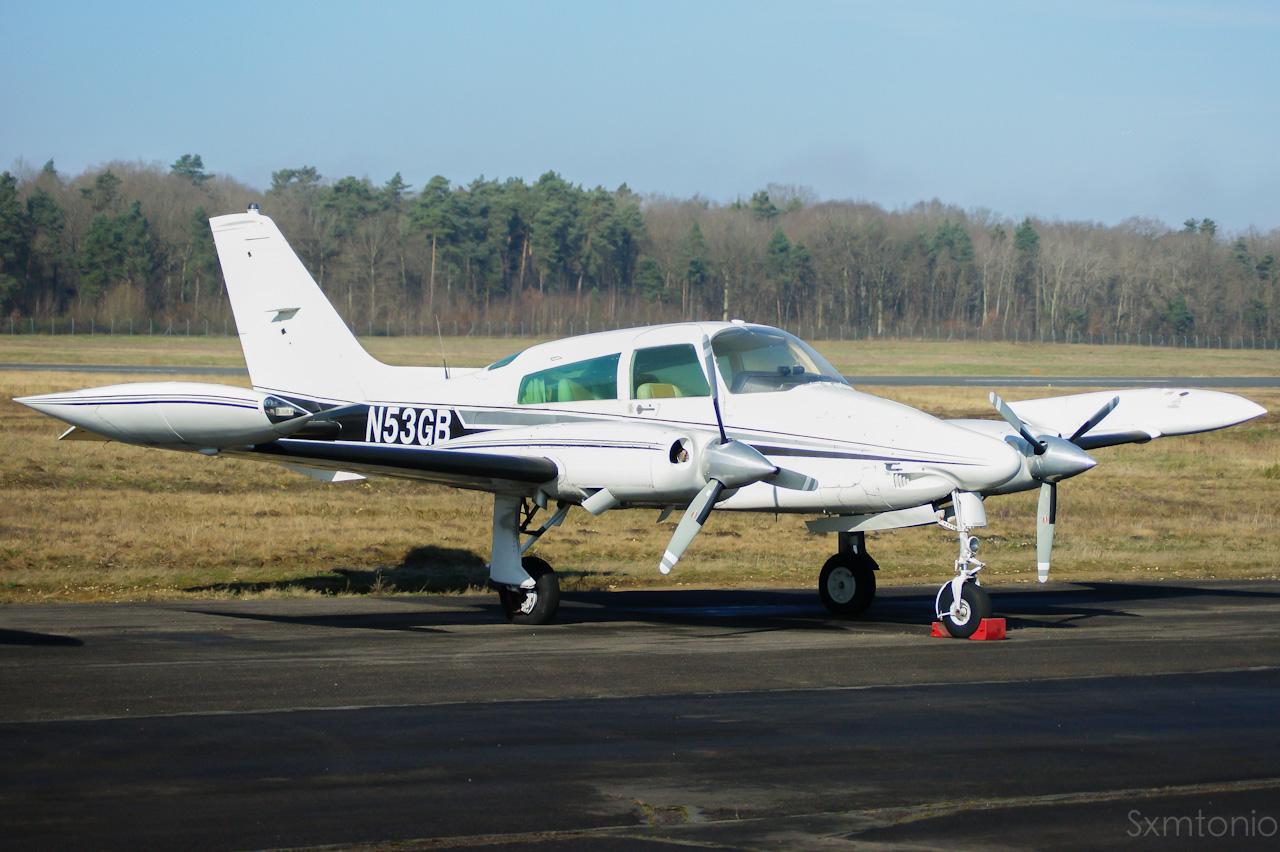 Aerodrome d'Auxerre-Branches LFLA-AUF 38850002032014DSC04389