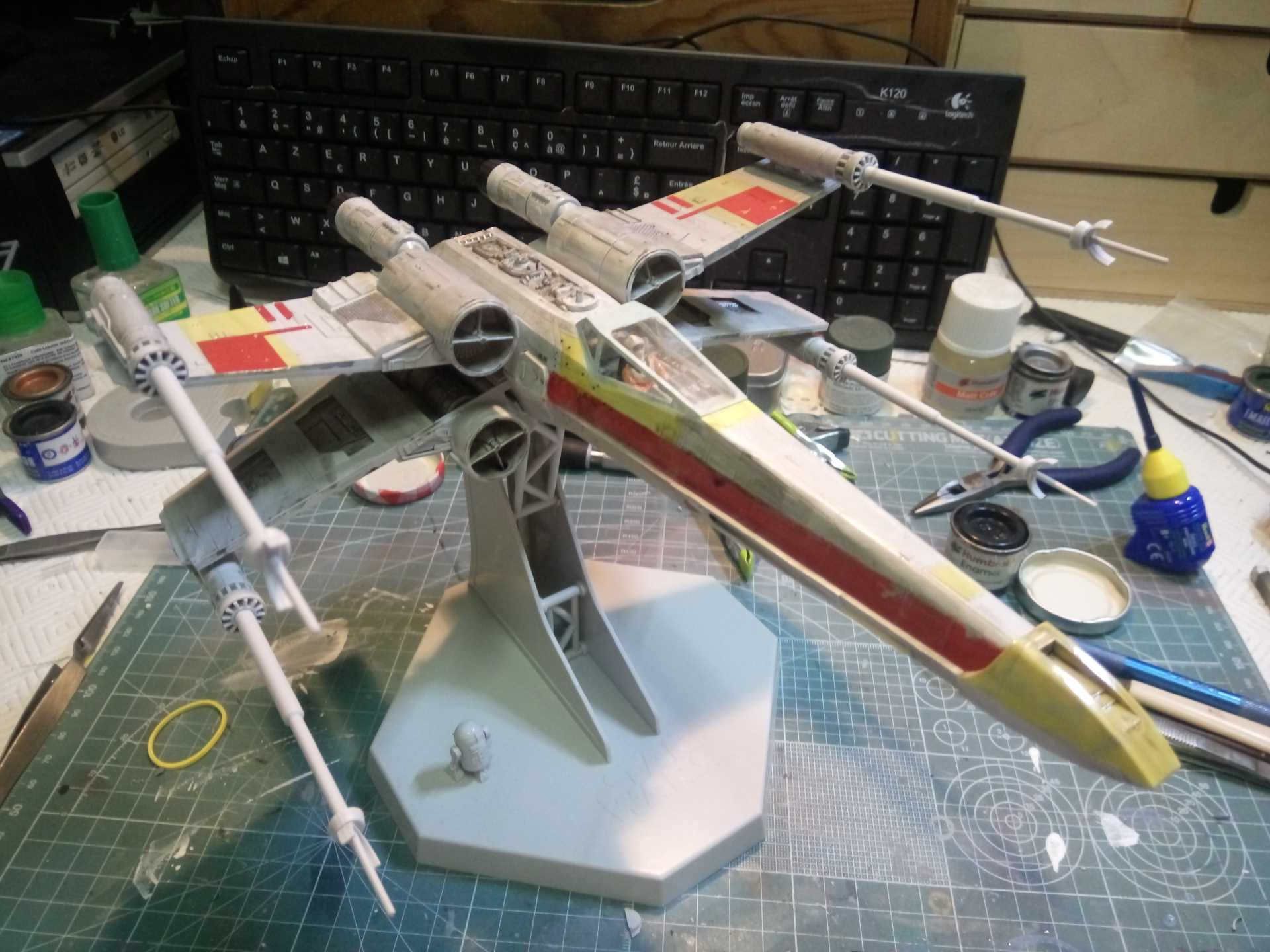 X-Wing 1/48 (Finemolds) RED 2 (montage) - Page 2 389090XWING20