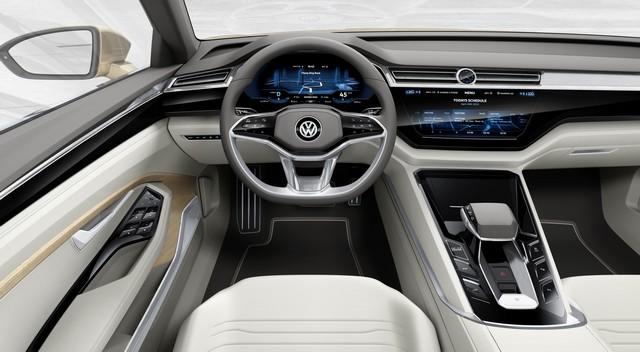 Première mondiale du C Coupé GTE  390509hddb2015au00689large