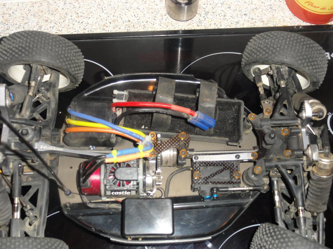 Une Hyper 8 convertie :D 393611DSC01462