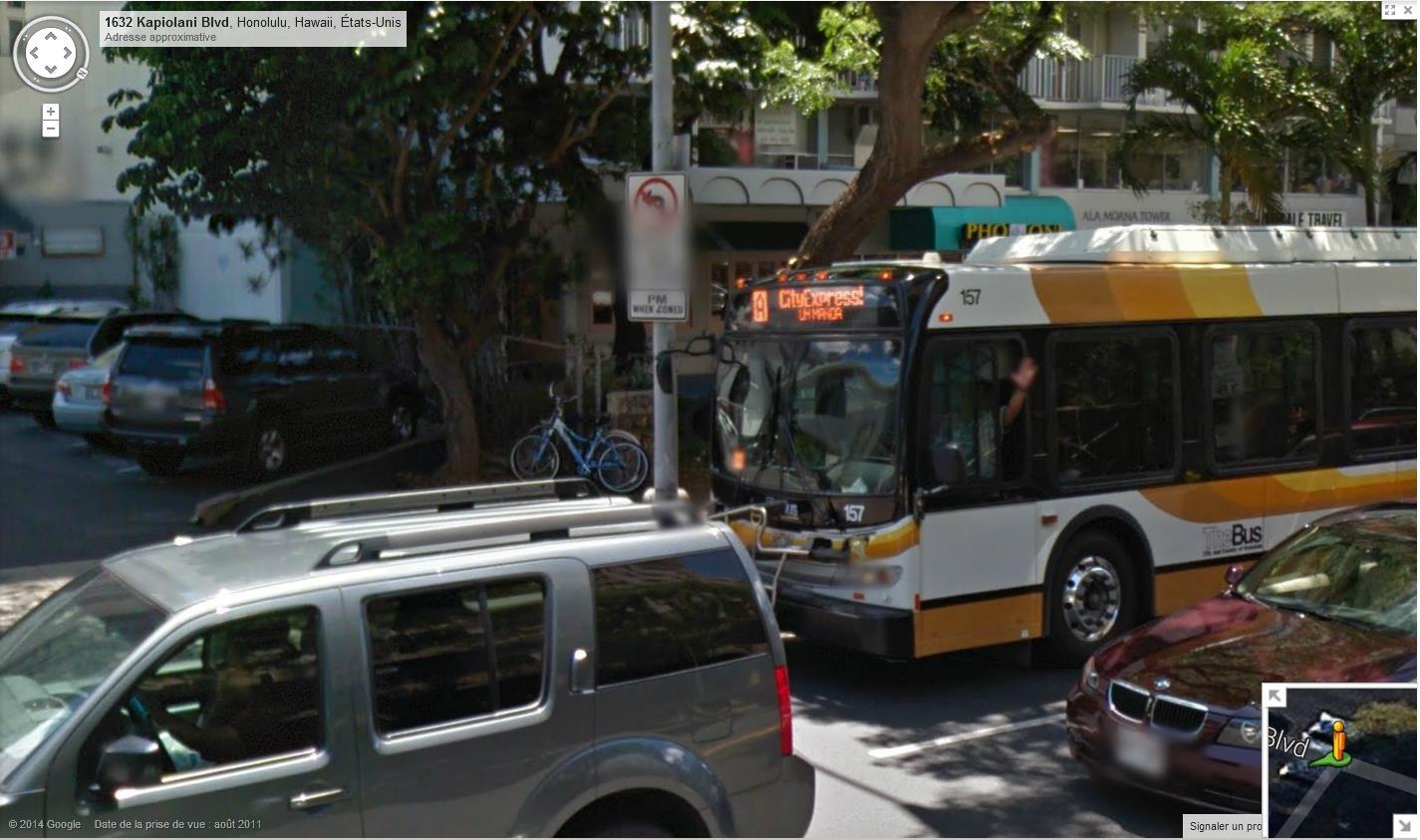 STREET VIEW : un coucou à la Google car  - Page 26 394295bonjour1