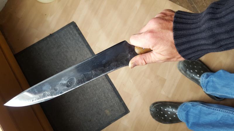 mon nouveaux couteau de chasse !  39867320151003124610