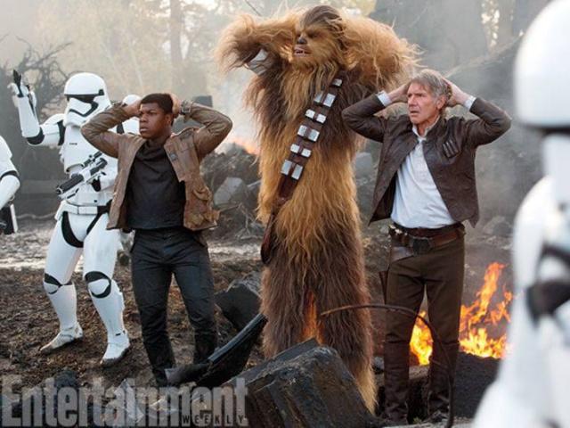 [Lucasfilm] Star Wars : Le Réveil de la Force (2015) - Page 6 400493w36