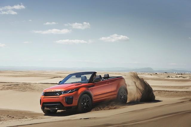 Range Rover Cabriolet, Un SUV Pour Toutes Les Saisons 400906RREVQConvertibleDrivingSand09111510