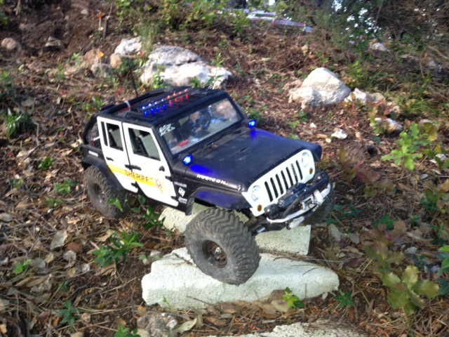 AXIAL SCX10 Jeep JK SHERIFF !! - Page 4 4031628179