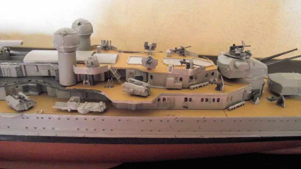 Prinz Eugen Trumpetter 1x350 avec PE Eduard 405217PrinzEugen1x35018