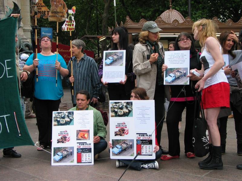 11 - Manifestation contre le massacre des animaux en Ukraine - 9 juin 2012 406072IMG9116