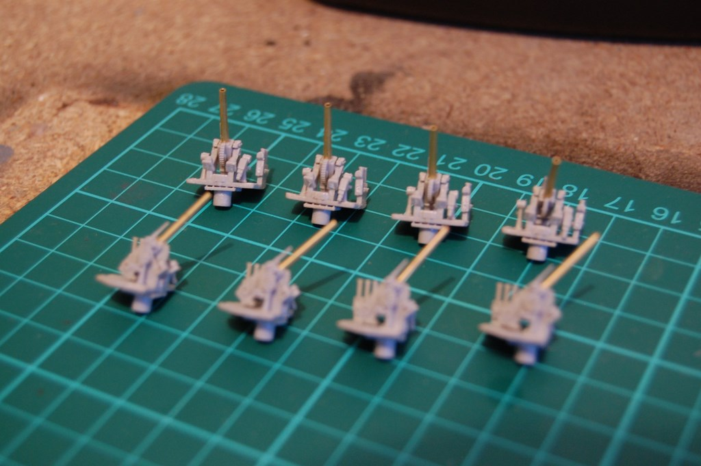USS Arizona 1/200 par EricAlain 409051Arizona2Copier