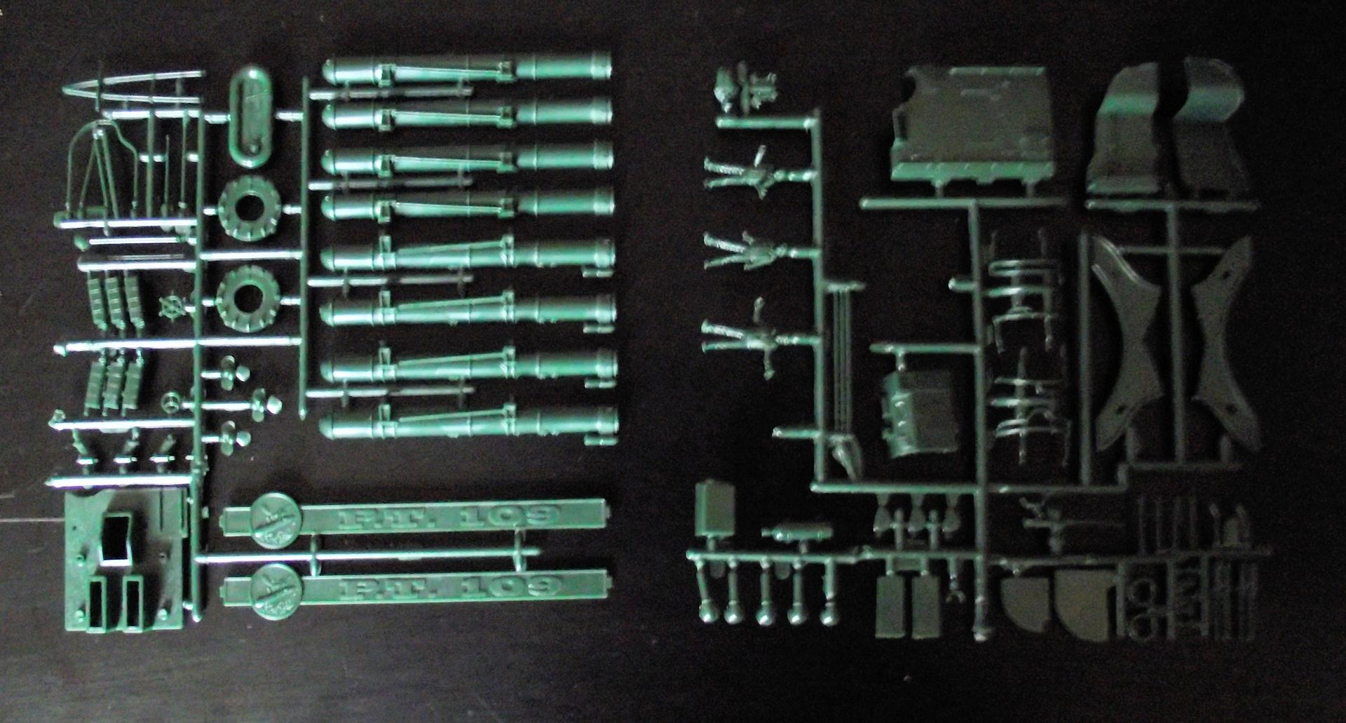 PT 109 Revell au 1x72 410415PT1094