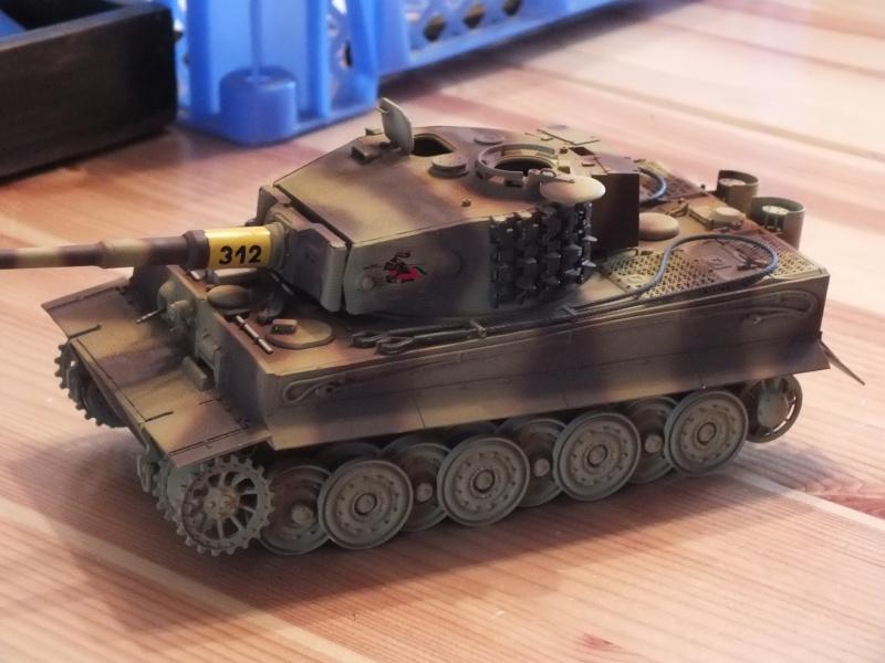 Tiger I Late version ,tamiya 1/35 (début de patine) - Page 2 412039DSCF6407