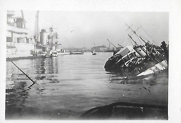 [Histoire et histoires] Toulon : Sabordage de la Flotte (photos) - Page 4 412331FochVautour