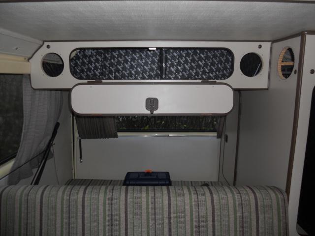 VW T3 Westfalia 1982, ensemble Clarion, montage et installation mise à jour du 19/08 4132846meublesurbanquetteBAM6ok