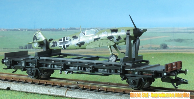 Marklin : train d'avions Messerschmitt  ME 109 413860Marklin45090traindavionsME109IMG3744R