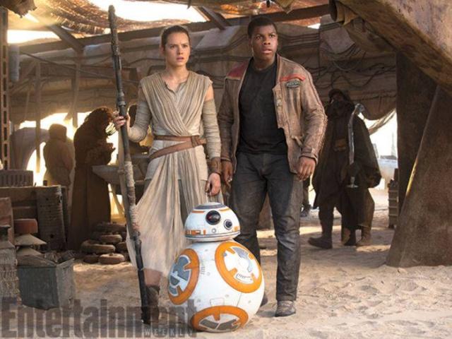 [Lucasfilm] Star Wars : Le Réveil de la Force (2015) - Page 6 417756w39