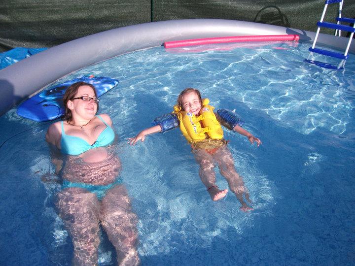 piscine à Johnny - Steli - cassandra 419415PISCINE3
