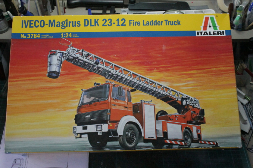 Pompiers [ Iveco-Magrius DLK 23-12 Fire Ladder Truck ] Italeri 1 : 24 Ref 3784  420224DPP16