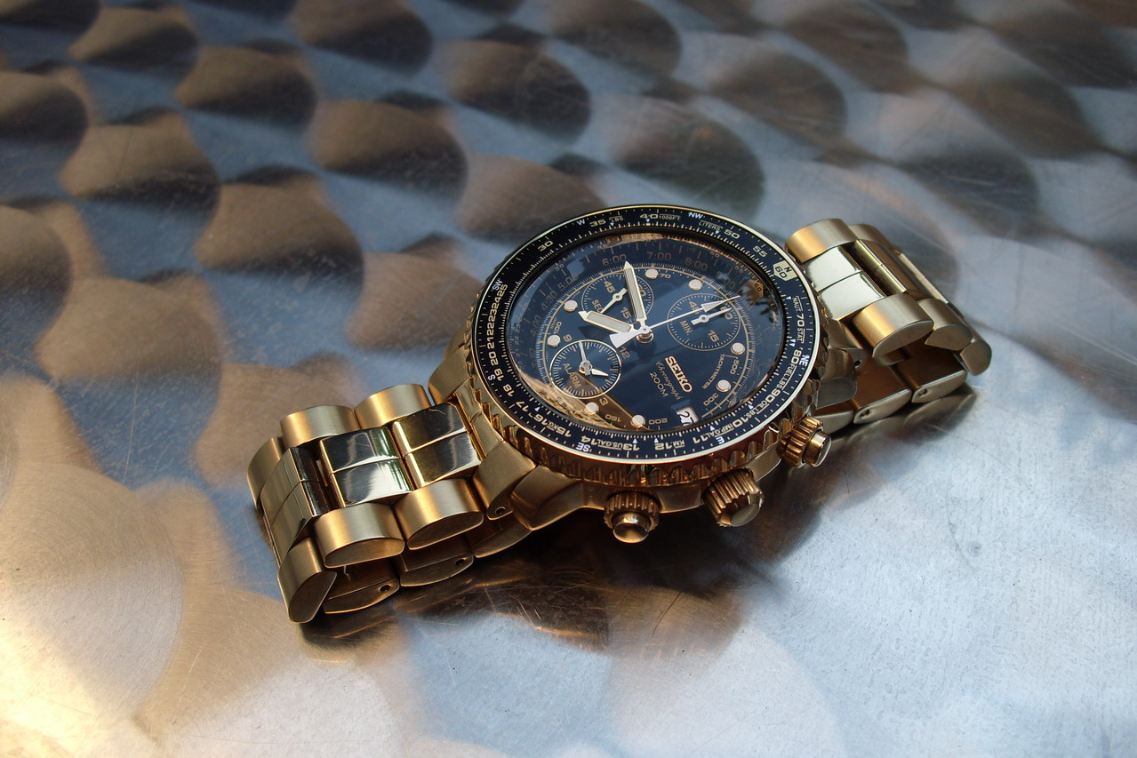Budget >200€, 1re montre habillée à 20 ans 42156336139
