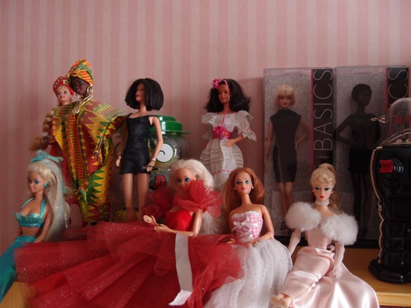 Mes barbies collector 424129barbies1