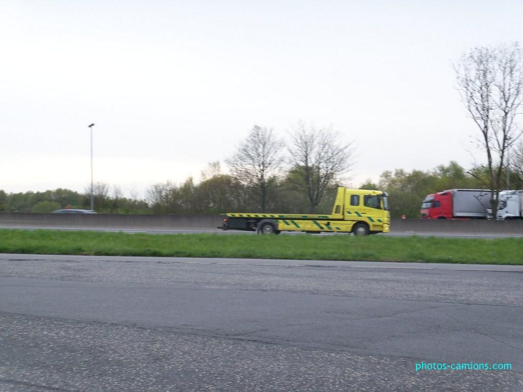Les dépanneurs pour véhicules léger - Page 2 424327photoscamions28Avril201254Copier