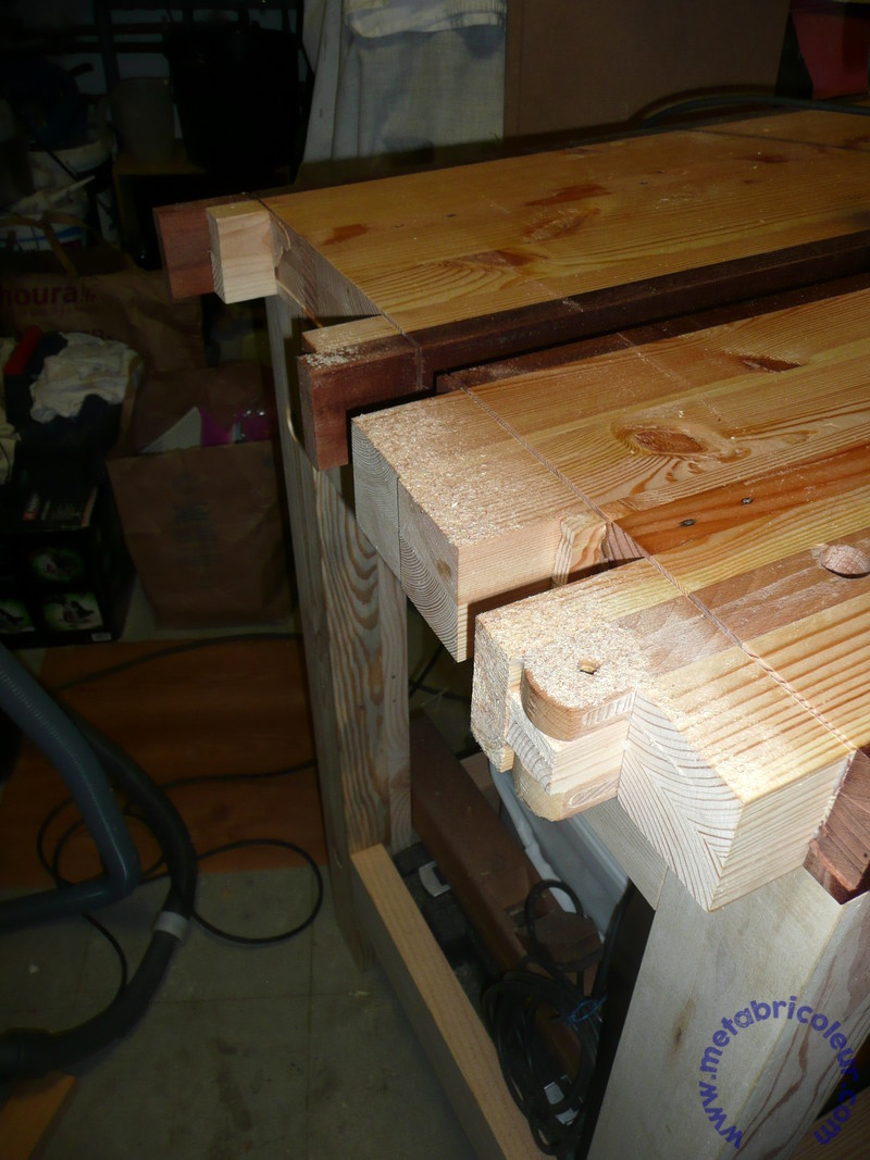 The Badger Workbench (ou l'etabli du blaireau) - Page 12 424846P1030853mb