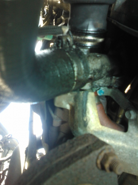 Fuite sous moteur bravo 105 JTD 426590WP000347