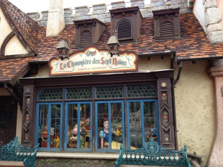 T.R. Séjour Disneyland Paris du 6 au 9 Fevrier 2012 au NPBC 427561083