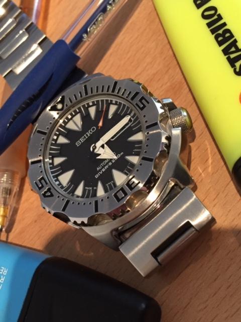 Votre montre du jour - Page 32 427820Monster11