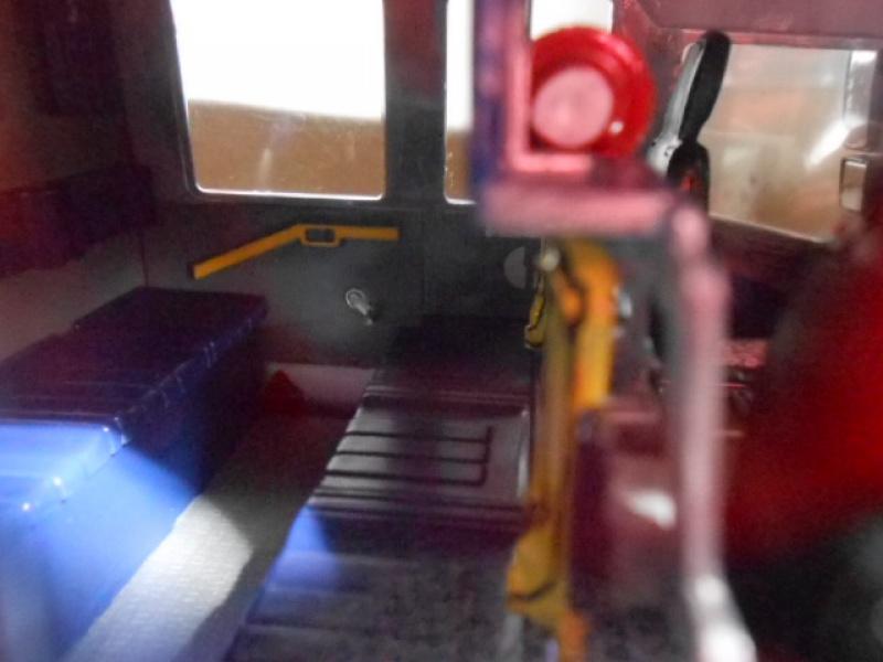 Camion de pompiers atelier de revell au 1/24° 428729pompier029