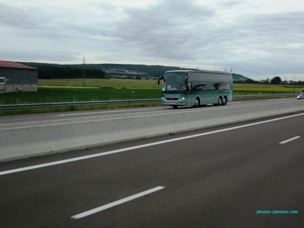 Cars et Bus de Bourgogne - Page 2 429631photoscamions13juillet2012234Copier