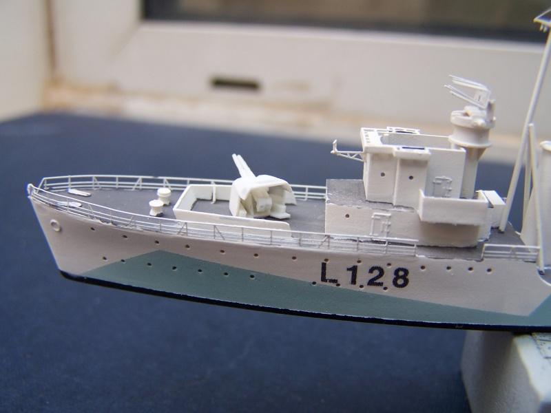 Destroyers classe Hunt type 2 et 3 - Page 4 430023Hutn2et3053