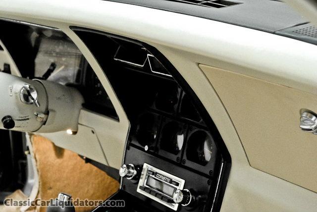 chevrolet corvette 25 th anniversary de 1978 au 1/16 - Page 2 435806Chevrolet1978Corvette25thAnniversaryEdition1Z87L8S42784617