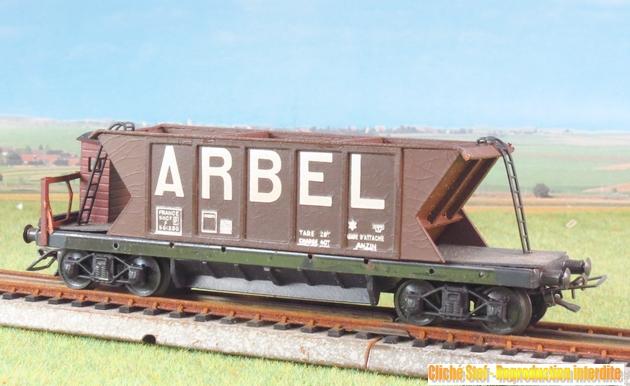 Wagons trémie à bogies maquette 436231VBtrmiebogiesArbelmarronguriteIMG3615R