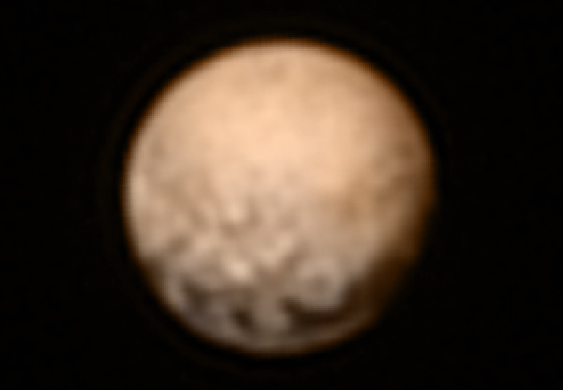 New Horizons : objectif Pluton - Page 2 441933nhplutocolor7620150