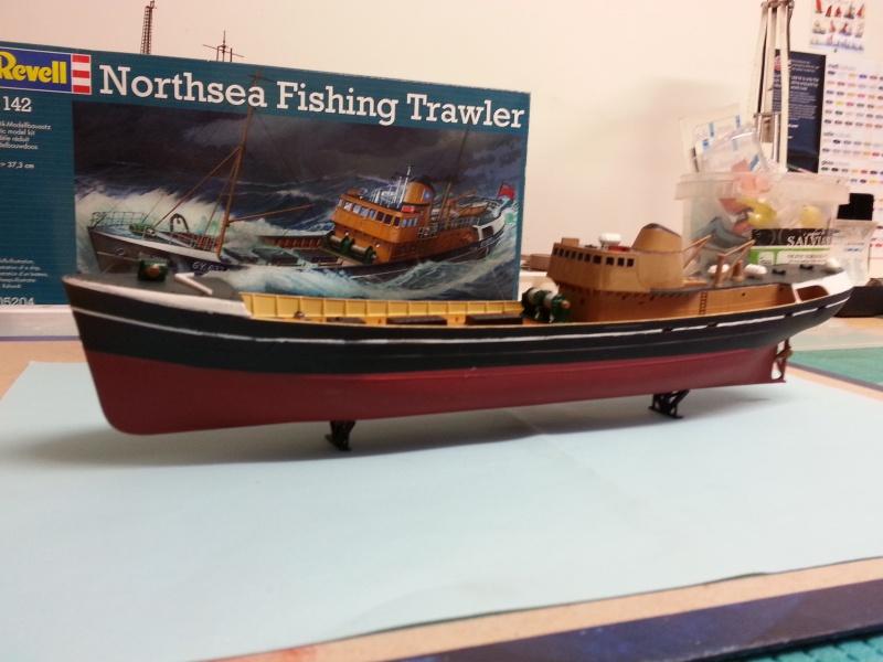 NorthSea Fishing Trawller de Revell au 1/142° 442770CH14