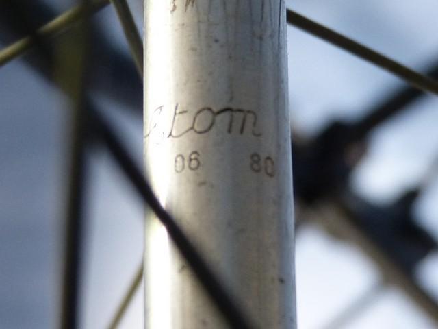PEUGEOT PV 10 (1981) blanc nacré. 442896P1190782