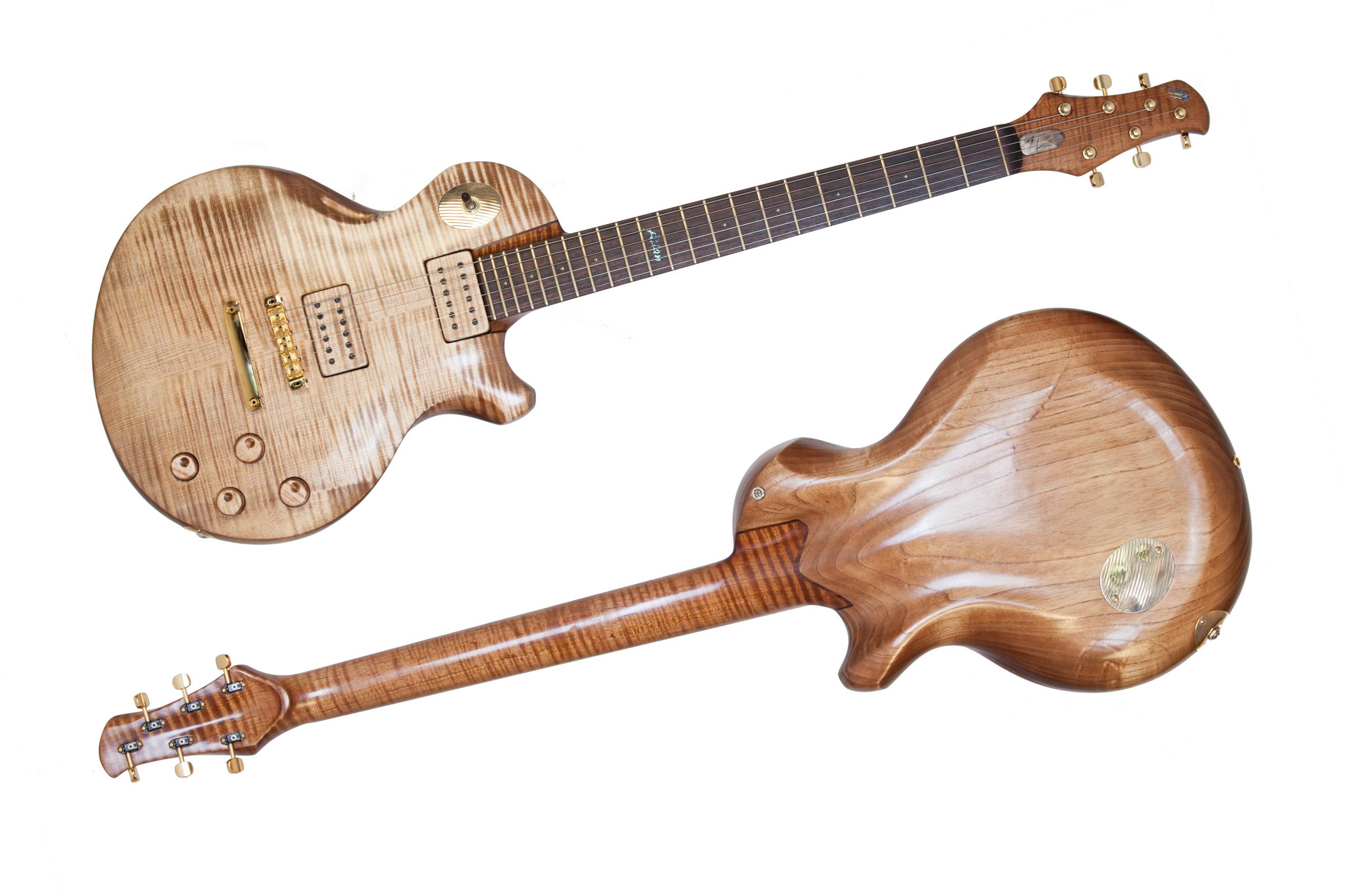Les belles guitares !!!!!!!! 44308726Feb161237