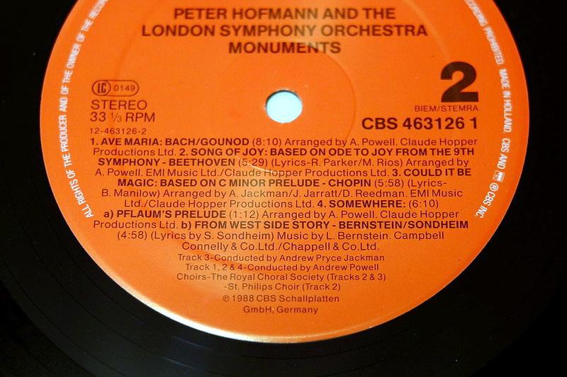 CDs inconnus de collaborations musicales avec d'autres artistes 4435081988PeterHofmannMonumentsCLOO8589800