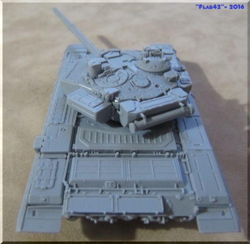 T90 Vladimir - Zvezda - 1/72ème 443851arrirecaisse