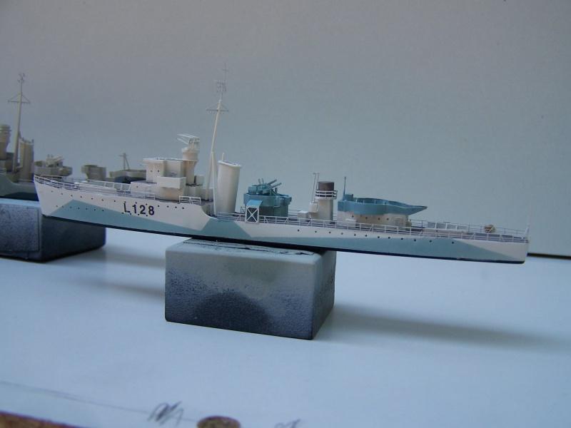 Destroyers classe Hunt type 2 et 3 - Page 3 448832Hutn2et3028