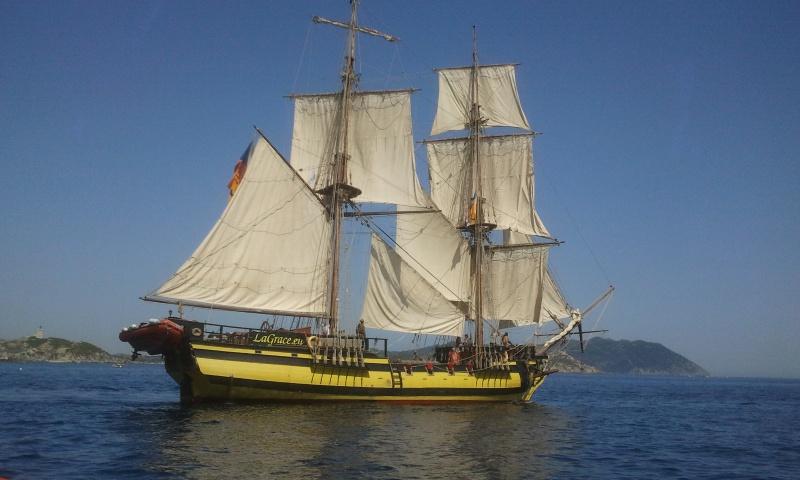 ca se passe à Sanary sur mer pour la pentecôte 449077LaGraceDepartdeSanary8juin201416