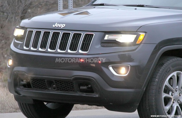 2010 - [Jeep] Grand Cherokee - Page 4 4520652014jeepgrandcherokeefaceliftspyshots100411039m