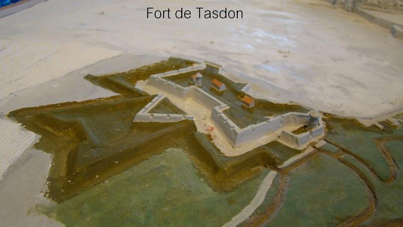 // La Rochelle 1628 // Le plan-relief // 454216tasdonforteptite