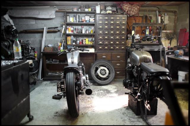 Les garages, les pièces mécaniques d'ici et d'ailleur.... 454755cafra2